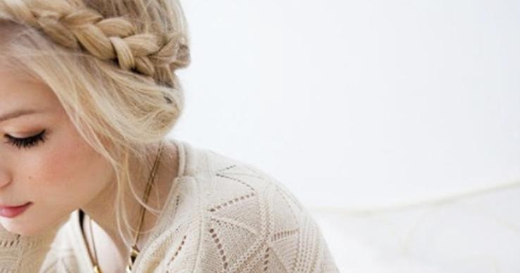 Jak přírodně zesvětlit vlasy až o 2-3 tóny