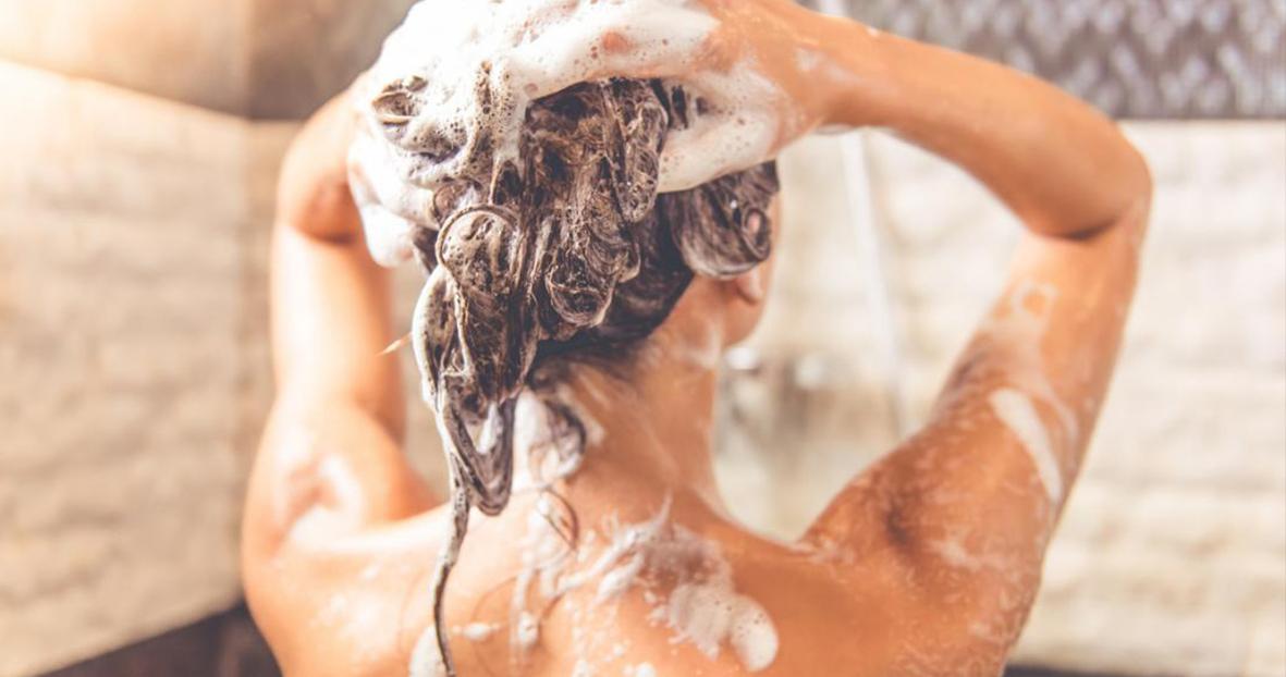 Minimalismus aneb přírodní péče o vlasy